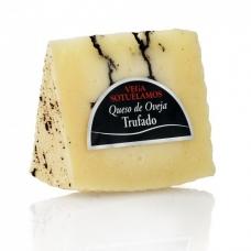Avių pieno sūris Trufado Curado su trumais, rieb. 55%, Montesinos, 200 g