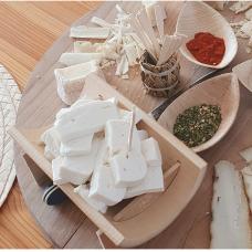 Nepasterizuoto šviežio ožkos pieno sūris Capri, 100 g