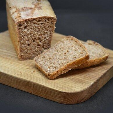Ruginio-speltos raugo duona