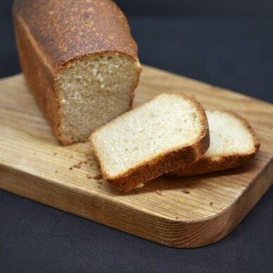Speltos raugo duona